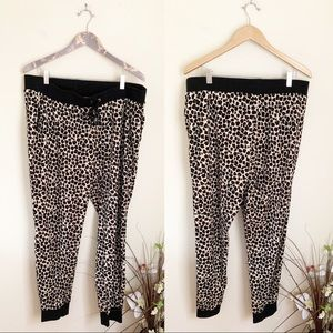 Juicy couture velour leopard print track suit XL